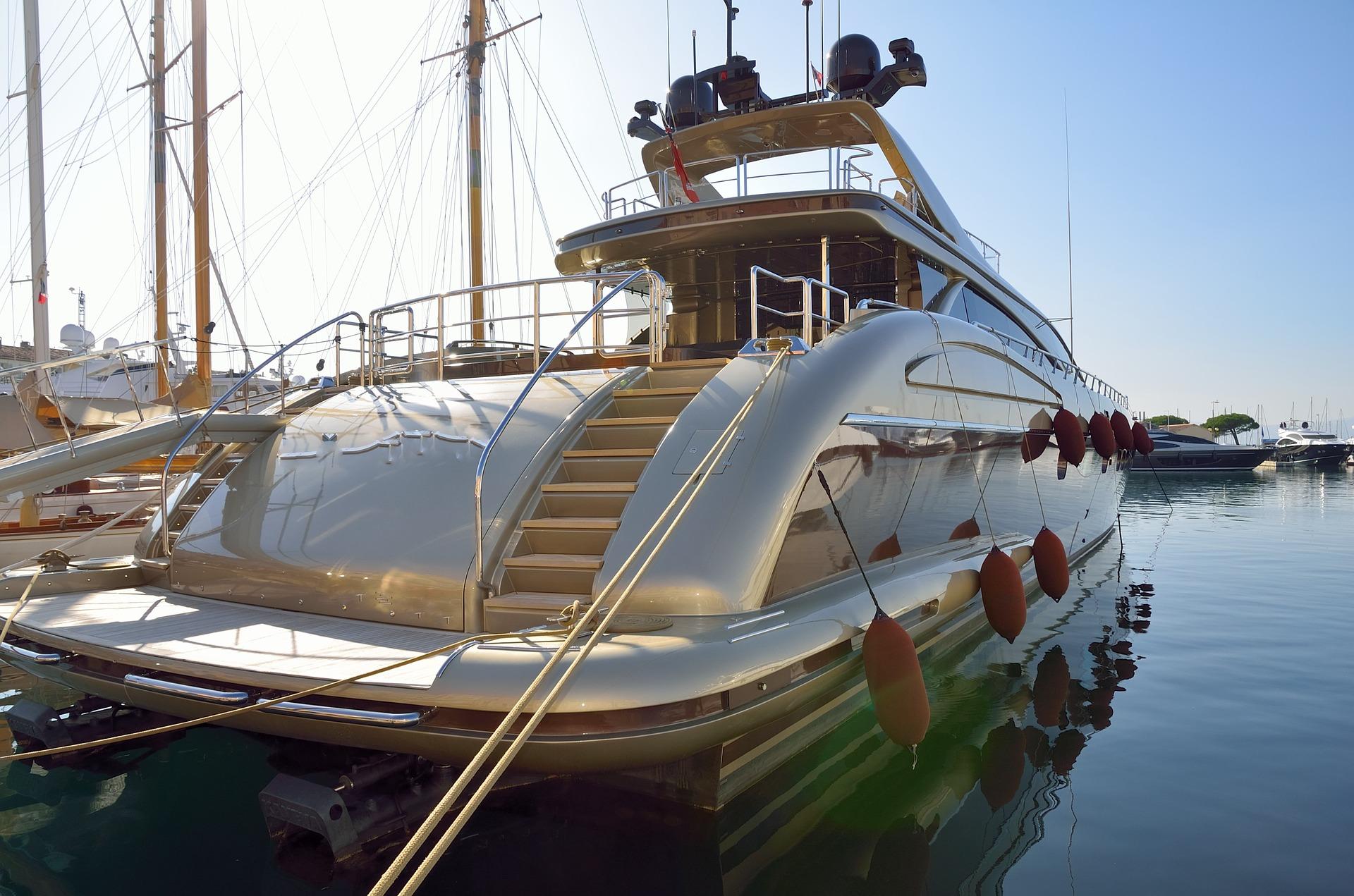 SP Charter pronájem a prodej lodí