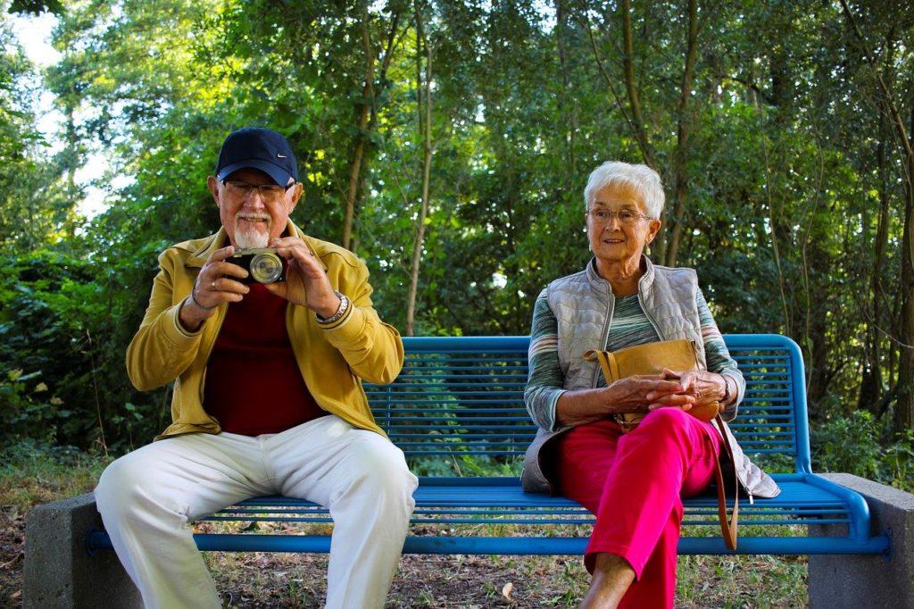 seniors at work Pracovni platforma pro důchodce ve Švýcarsku z Basileje